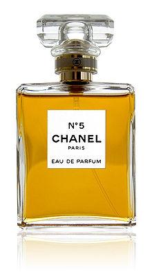 220px-CHANEL_No5_parfum