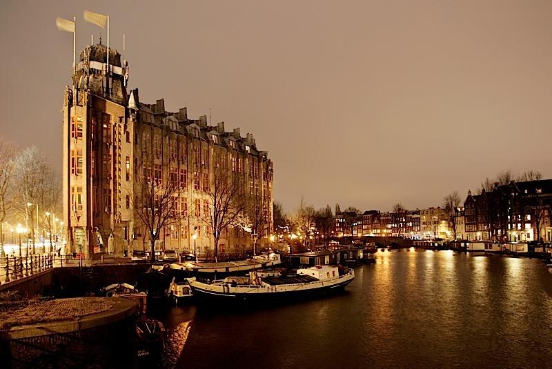 Scheepvaarthuis_Amsterdam_exterieur