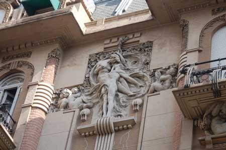 Gevelsculptuur Casa Calise in Buenos Aires