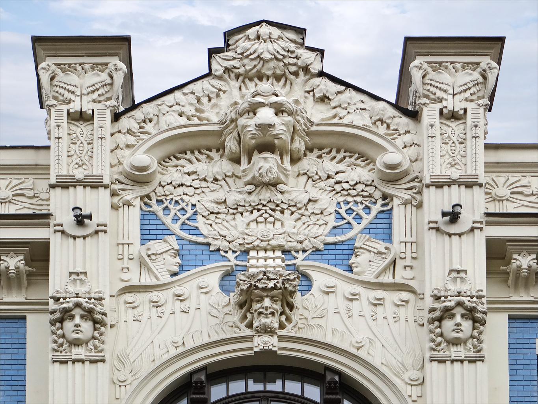 Immeuble_art_nouveau_(Riga)_(7582910630)