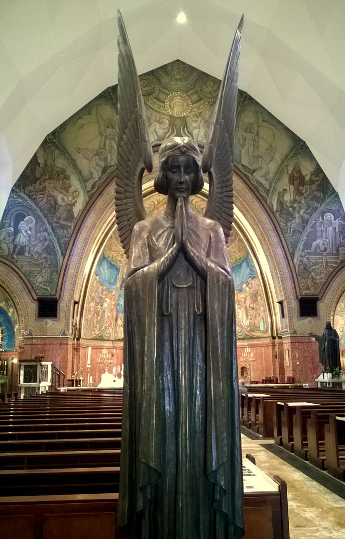 Engel_Heilige_Antonius_Abt_kerk_Scheveningen