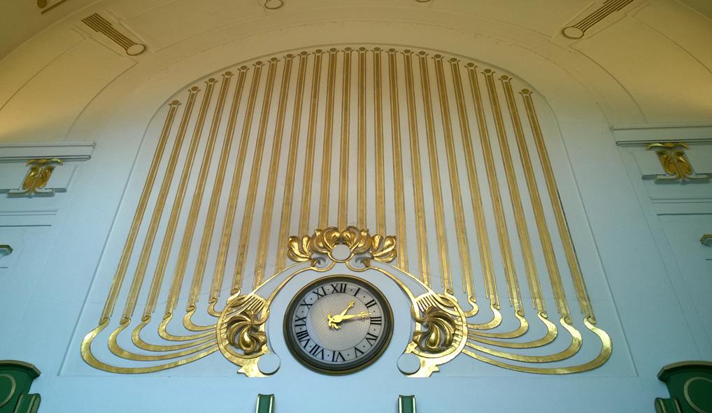 Karlsplatz_Otto_Wagner_paviljoen_klok_jugendstil_station_metro_Wenen_Vienna