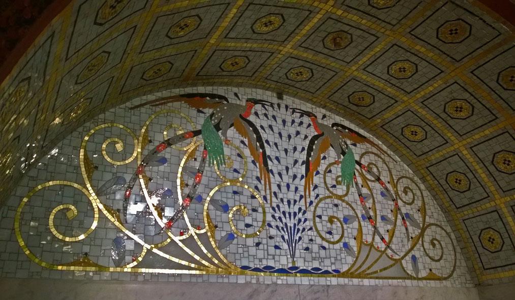 Otto_Wagner_villa_Ernst_Fuchs_mozaiek_Koloman_Moser
