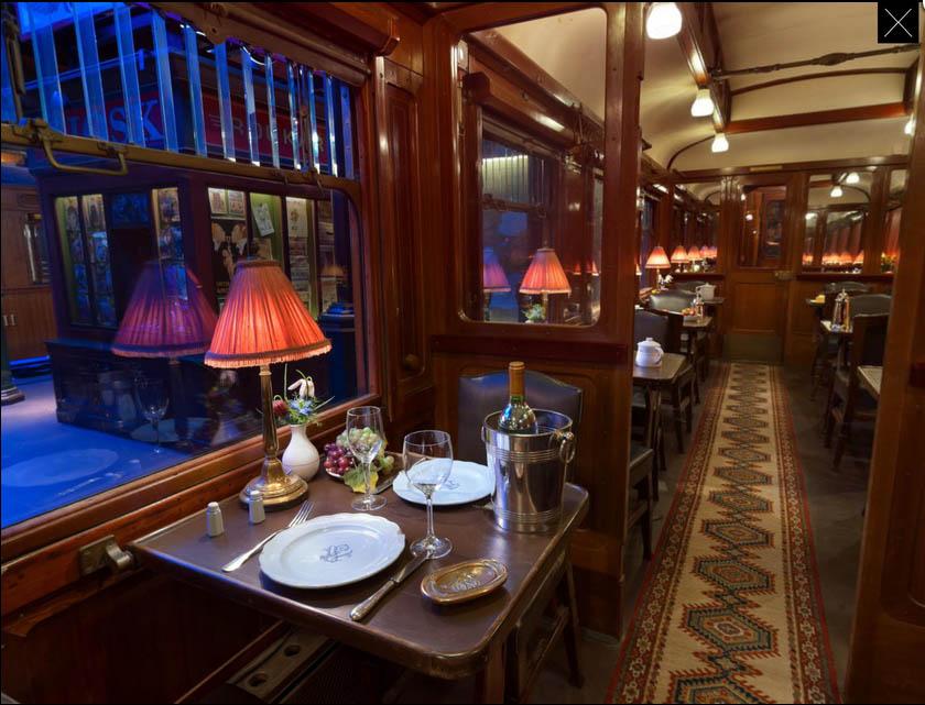Restauratiewagen Orient-Express in het Spoorwegmuseum foto Arjan den Boer