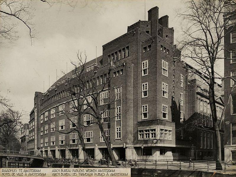 Amsterdam_Stadhuis_Oudezijds_Voorburgwal_1926_001