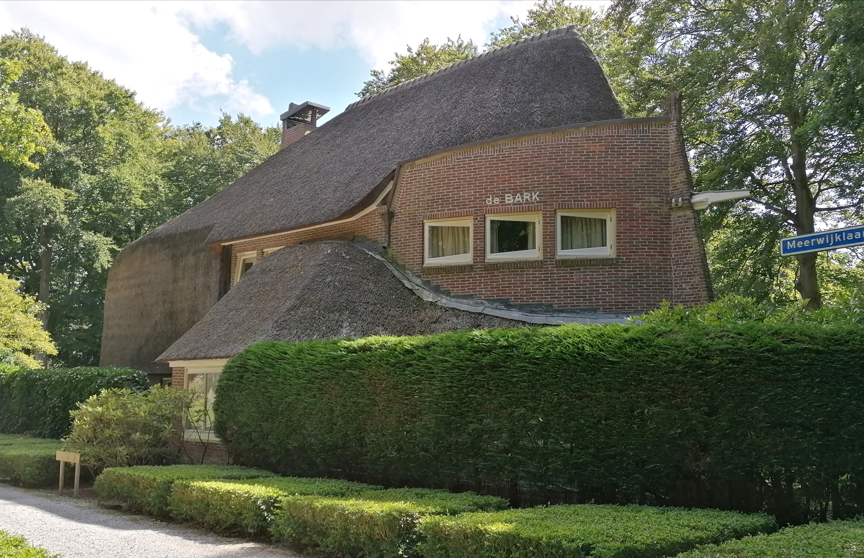 Villa De Bark van architect Jan Staal in Park Meerwijk te Bergen.