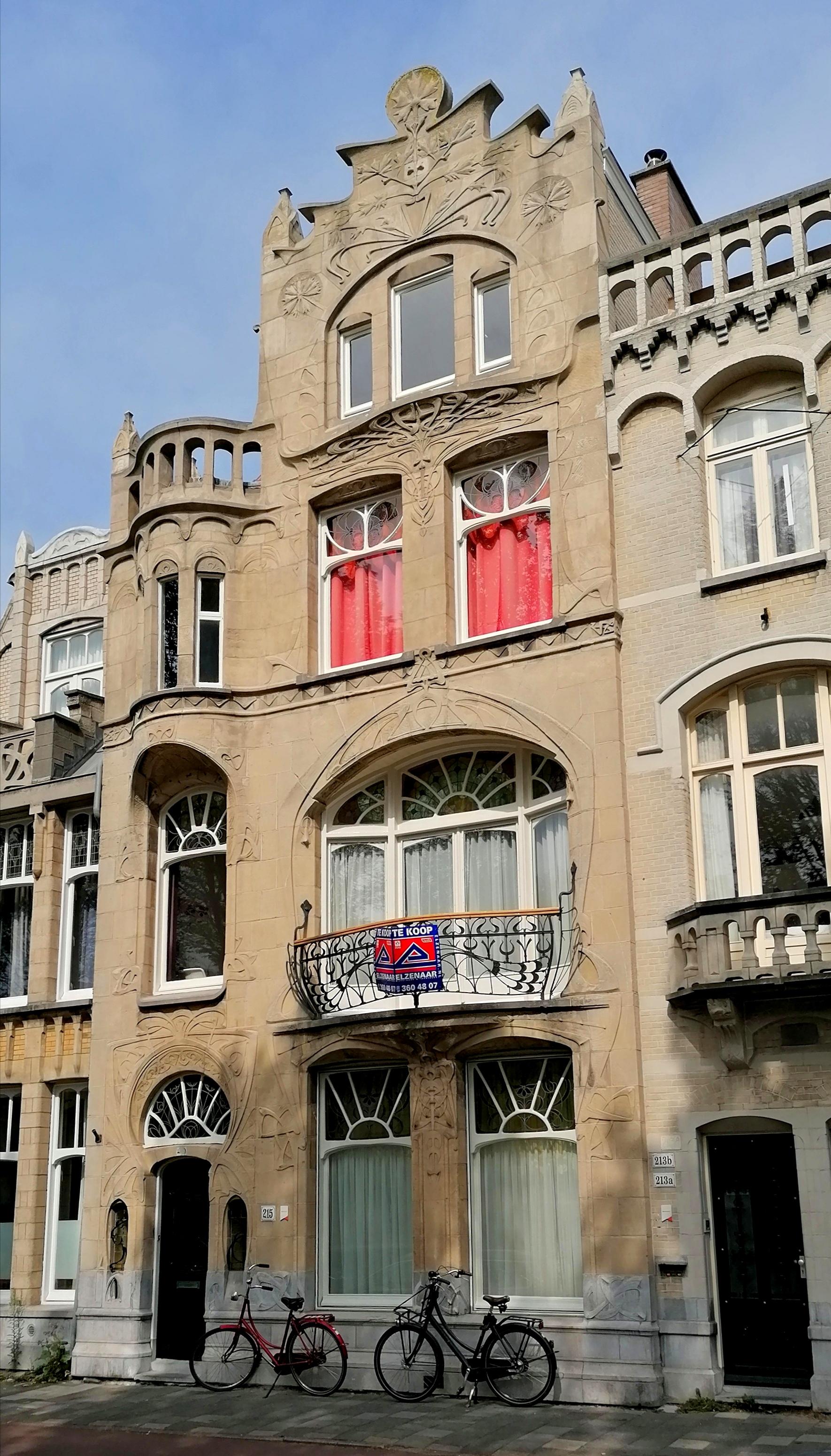 jugendstilhuis Laan van Meerdervoort 215 Den Haag voorzijde